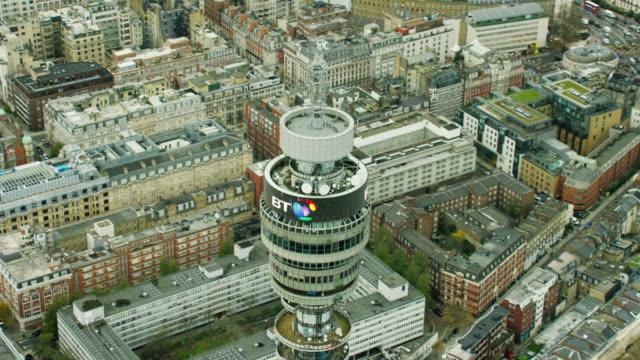 vídeos y material grabado en eventos de stock de aerial view of gpo tower london uk - escritura occidental