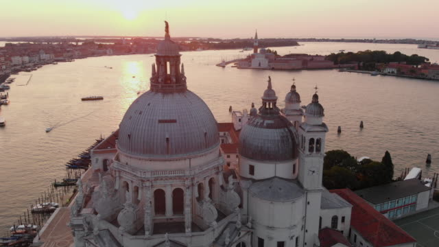 aerial view of grand canal at sunrise - church stock videos & royalty-free footage
