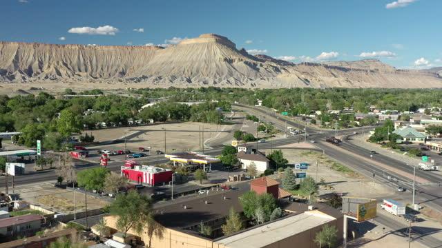 vídeos y material grabado en eventos de stock de aerial view of grand junction, colorado - grand junction