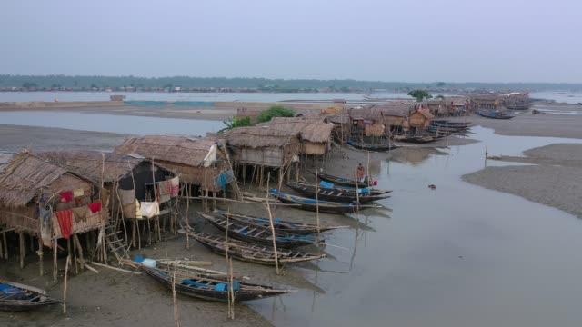 aerial view of hanging village in the coastal area of bangladesh on november 09, 2020. coastal village kalabogi at the bank of the river shibsha... - exklusiv stock-videos und b-roll-filmmaterial