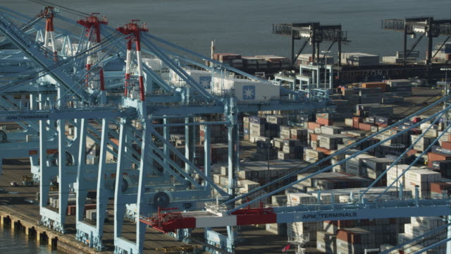 aerial view of harbor cranes at port elizabeth, new jersey. shot in 2011. - hafen stock-videos und b-roll-filmmaterial