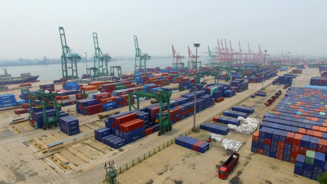 vídeos de stock, filmes e b-roll de aerial view of harbor with cargo containers/tianjin,china. - tianjin