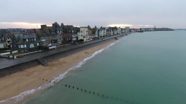 vidéos et rushes de aerial view of high tides in saint malo - bretagne, france - bretagne