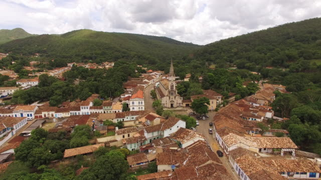 aerial view of igreja do rosário and the historic centre of the town of goiás - cidade stock videos & royalty-free footage