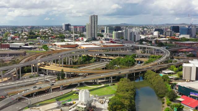 aerial view of inner city highway interchange brisbane queensland, australia - capital cities stock videos & royalty-free footage