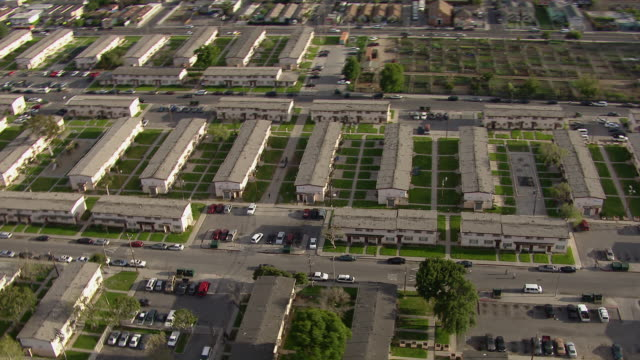 aerial view of jordan downs housing project in watts, los angeles california. - 公営アパート点の映像素材/bロール