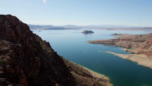 aerial view of lake mead reservoir las vegas - lake mead video stock e b–roll