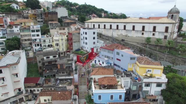stockvideo's en b-roll-footage met luchtmening van district lapa in rio de janeiro, brazilië - sloppenwijk
