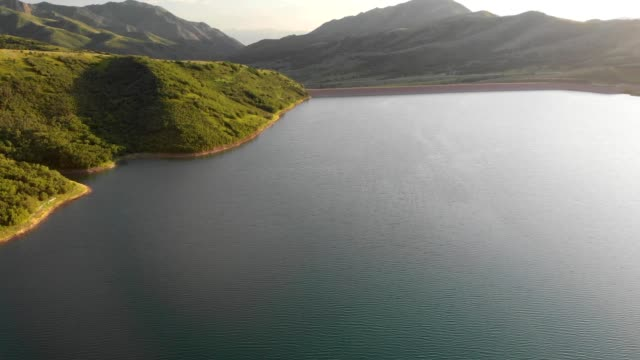 aerial view of little dell reservoir in parleys canyon in salt lake city utah - canyon lake stock videos & royalty-free footage