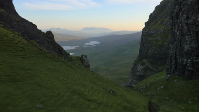 aerial view of loch near old man scotland - schottisches hochland stock-videos und b-roll-filmmaterial