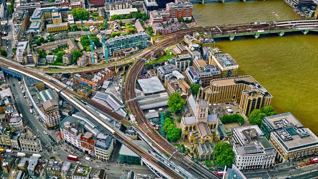 ロンドンのダウンタウンの空中写真 - ハイパーラプス点の映像素材/bロール