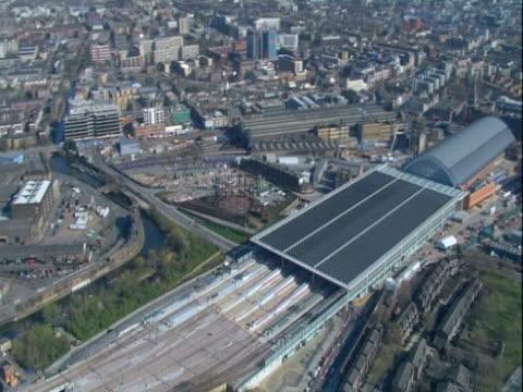 stockvideo's en b-roll-footage met aerial view of london's st.pancreas train station. ntsc, pal - station london king's cross