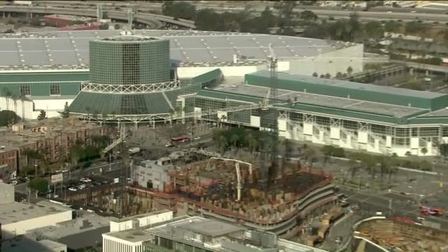 stockvideo's en b-roll-footage met ktla aerial view of los angeles convention center - los angeles convention center
