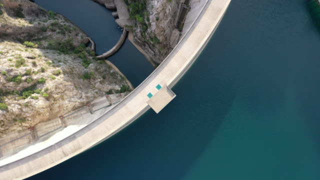 aerial view of manavgat dam - ponte video stock e b–roll