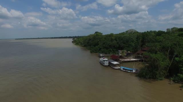 vidéos et rushes de vue aérienne de la rivière marajo à belem do para, brésil - amérique du sud