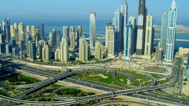 vídeos y material grabado en eventos de stock de aerial view of media city dubai - dubái
