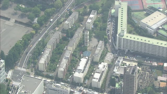 aerial view of meiji jingu gaien in tokyo - inquadratura da un aereo video stock e b–roll