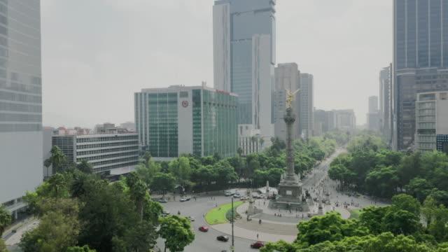 flygvy över mexico city. paseo de la reforma - framsteg bildbanksvideor och videomaterial från bakom kulisserna