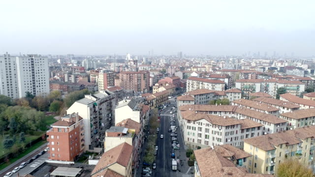 aerial view of milan, italy - vita cittadina video stock e b–roll