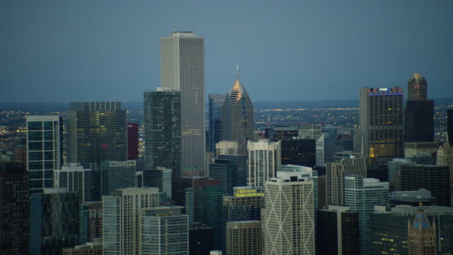 aerial view of modern downtown skyscrapers chicago illinois - two prudential plaza stock videos & royalty-free footage