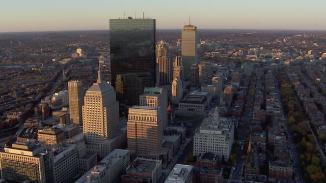 vídeos de stock, filmes e b-roll de aerial view of modern skyscrapers with john hancock tower in boston, massachusetts, united states of america - boston massachusetts