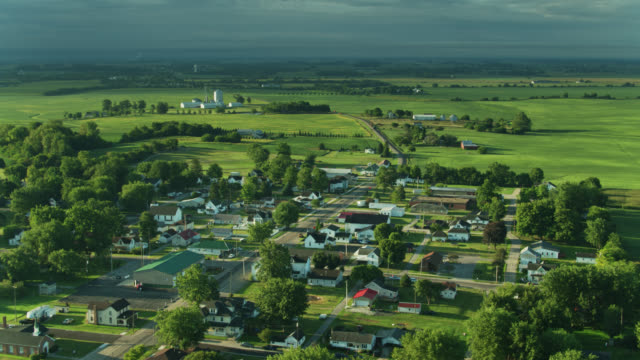 aerial view of mount sterling, ohio on a summer morning - ohio stock videos & royalty-free footage