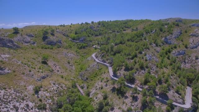 Luftaufnahme des Gebirges in der Nähe von Ermita de Betlem in den Bergen von Artà (Serra Artana oder Massís d'Artà) der Balearen Mallorca / Spanien