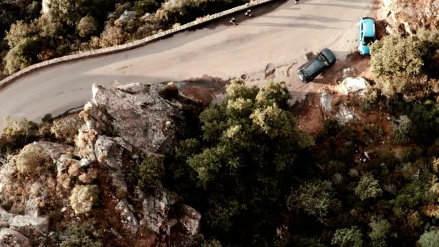空から見た山々の calanche の piana - カランシェ点の映像素材/bロール