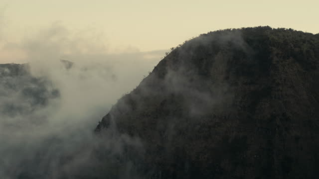 aerial view of mountainside at dusk - na pali coast state park stock videos & royalty-free footage