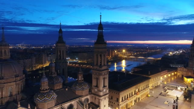 Aerial view of Nuestra Senora del Pilar Basilica and Plaza Del Pilar at Aragon at sunset