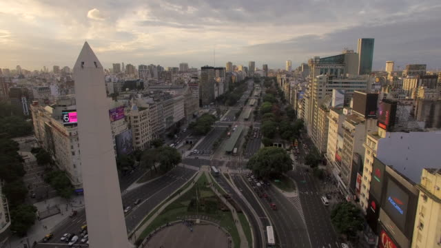 aerial view of obelisk de buenos aires argentina - obelisk video stock e b–roll
