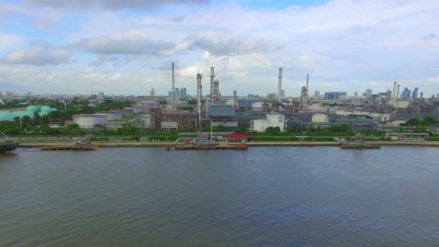 aerial view of oil refinery - pipeline stock videos and b-roll footage