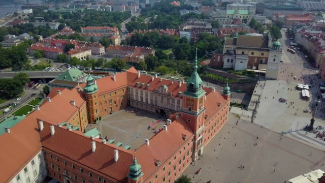 aerial view of old town and the royal castle / warsaw - warsaw stock videos & royalty-free footage