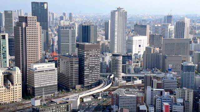 空から見た大阪の日中の景観