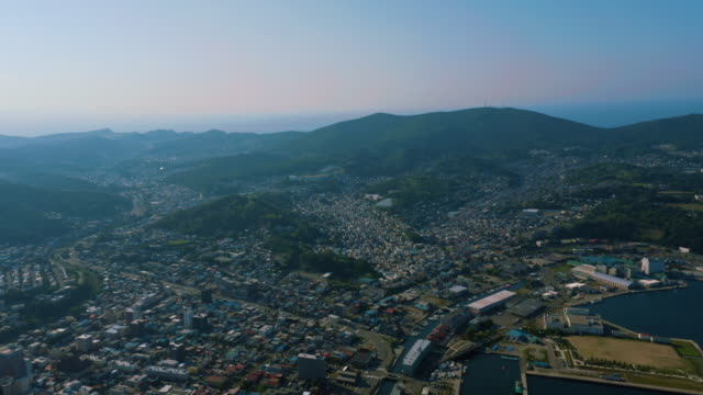 aerial view of otaru city - 夕暮れ点の映像素材/bロール