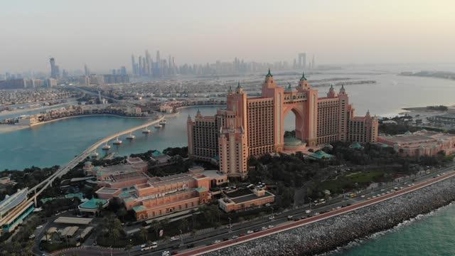 aerial view of palm jumeirah dubai - persian gulf stock videos & royalty-free footage