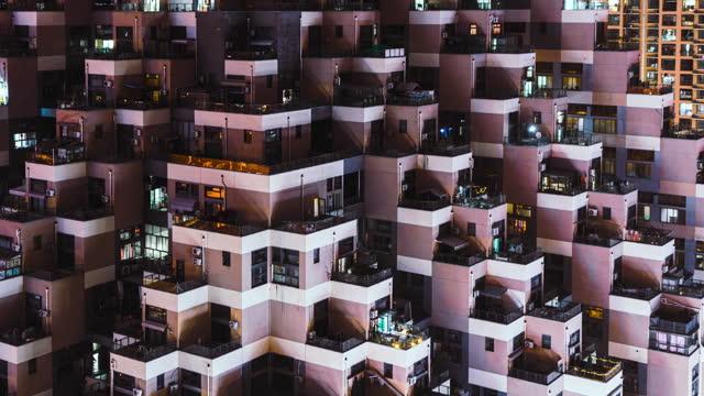 特定の住宅のt / l pan航空写真、昼から夜まで - 連続するイメージ点の映像素材/bロール