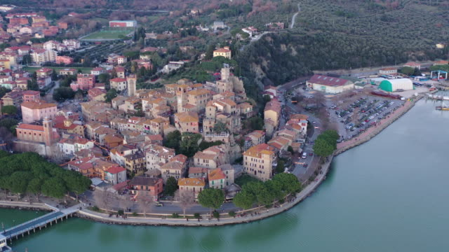 aerial view of passignano sul trasimeno tuscany italy - montepulciano stock videos & royalty-free footage