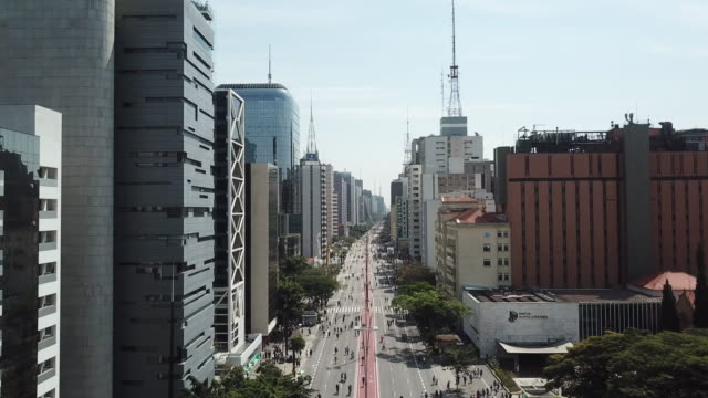 aerial view of paulista avenue at sunday - avenida paulista stock videos & royalty-free footage
