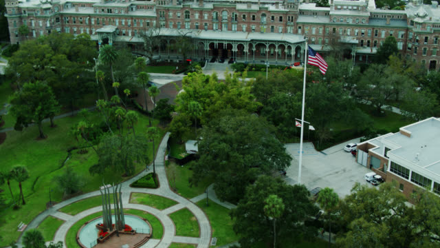 aerial view of plant park and the henry b. plant museum in the university of tampa - 4k resolution stock videos & royalty-free footage
