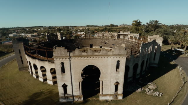 stockvideo's en b-roll-footage met aerial view of plaza de toros real de san carlos - uruguay