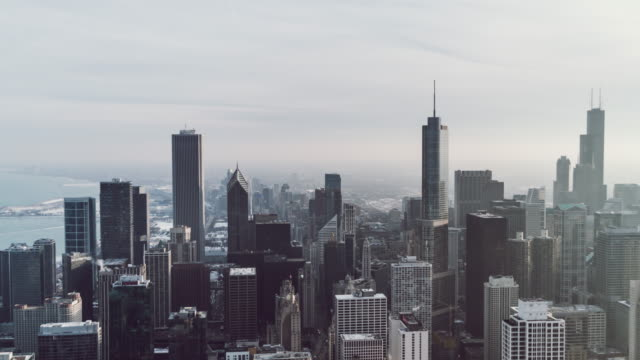 t/l ws ha zo aerial view of prosperous cityscape of chicago / illinois, us - willis tower stock videos & royalty-free footage