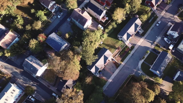 aerial view of providence, rhode island suburbs during the autumn of 2017 - ロードアイランド州点の映像素材/bロール