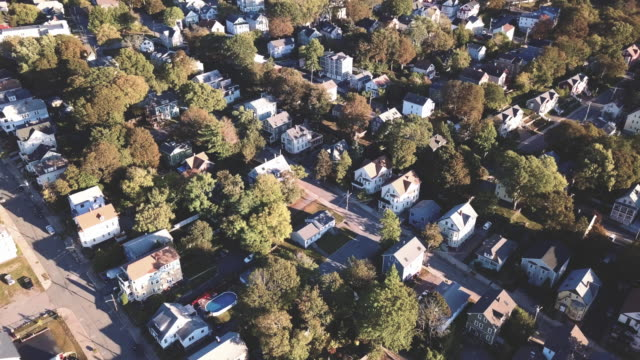 aerial view of providence, rhode island suburbs during the autumn of 2017 - region new england stock-videos und b-roll-filmmaterial