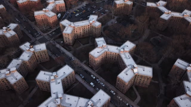 aerial view of queensbridge housing projects - 公営アパート点の映像素材/bロール