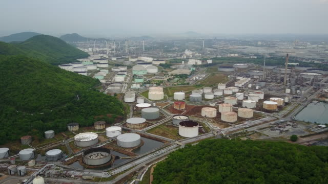 aerial view of refinery plant complex - anatomical valve stock videos & royalty-free footage
