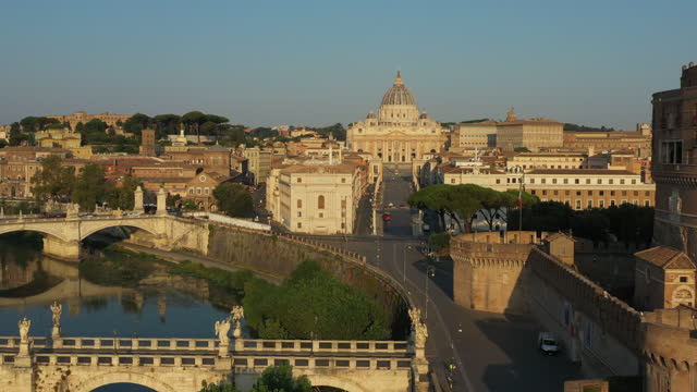 aerial view of rome and the vatican by drone - サンタンジェロ橋点の映像素材/bロール