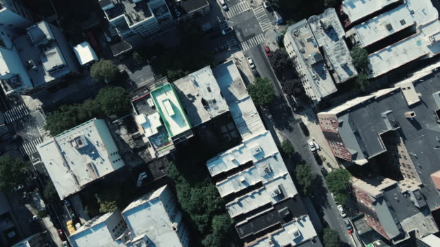 aerial view of rooftops in brooklyn, new york city - 特定されない場所点の映像素材/bロール