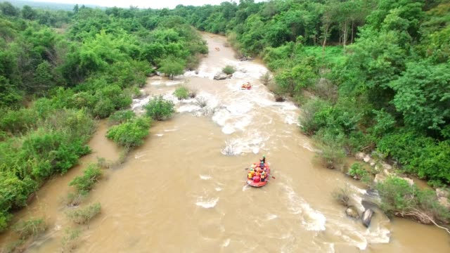 aerial view of rubber boat rafting at the kek river, phitsanulok,thailand - rafting stock videos & royalty-free footage