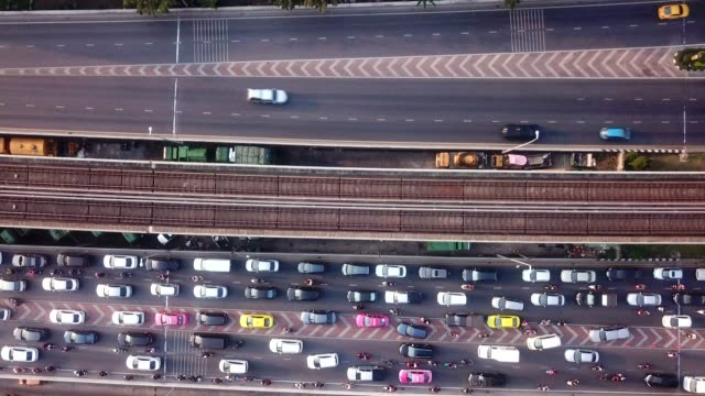 aerial view of rush hour traffic on busy freeway - traffic jam stock videos & royalty-free footage